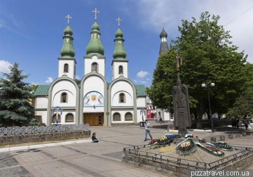 Православный кафедральный собор Почаевской иконы Божьей матери Мукачевско-Ужгородской епархии