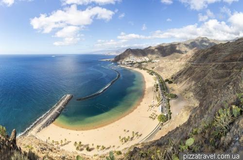 Пляж Лас Тересітас на острові Тенеріфе