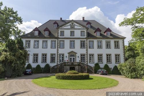 Bruche castle