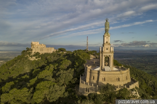 Монастырь и отель Сан Сальвадор (Майорка)