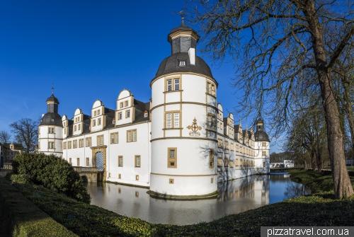 Замок Нойхаус у Падерборні