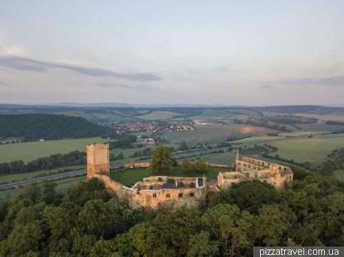 Три замки Драй Гляйхен (Drei Gleichen)