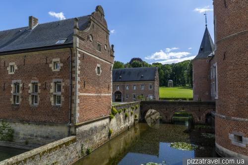 Замок Алден Бизен