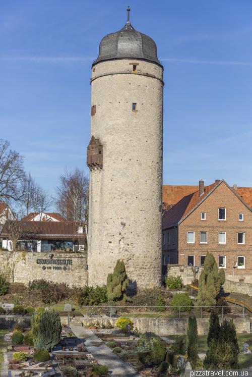 Варбург (Warburg)