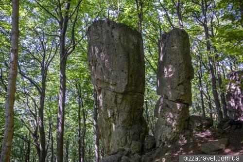 Древние кораллы и башня Ит (Ith Turm)