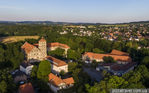 Замок Браке (Schloss Brake)