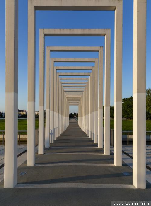 Park near the Schwerin Castle