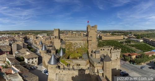 Замок Оліте (Castillo-Palacio Real de Olite)