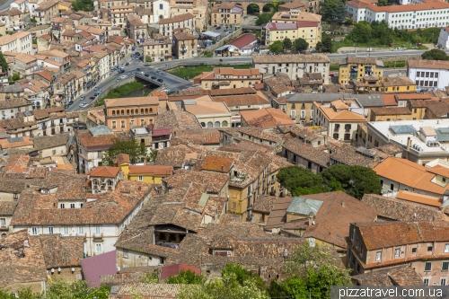 Вид на старе місто в Козенці