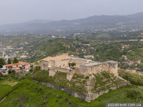Норманський замок в Козенці