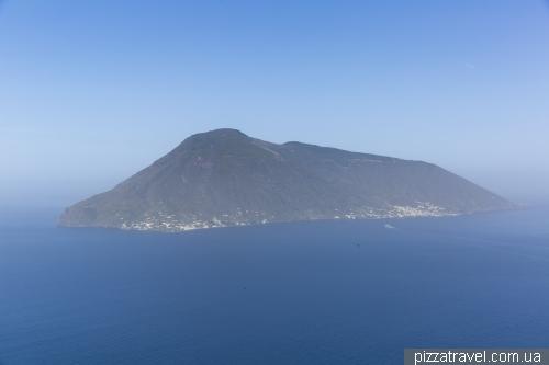 Острів Саліна