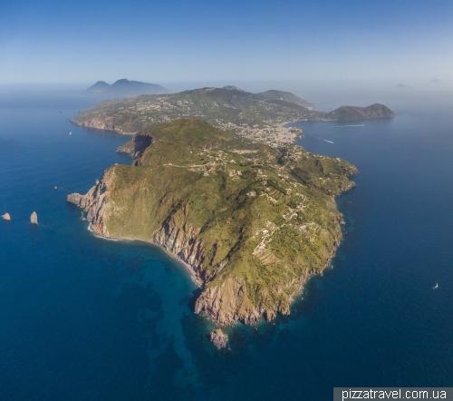Острів Ліпарі