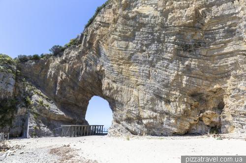 Природна арка в Палінуро