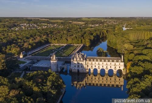 Chenonceau Castle (Chateau de Chenonceau)