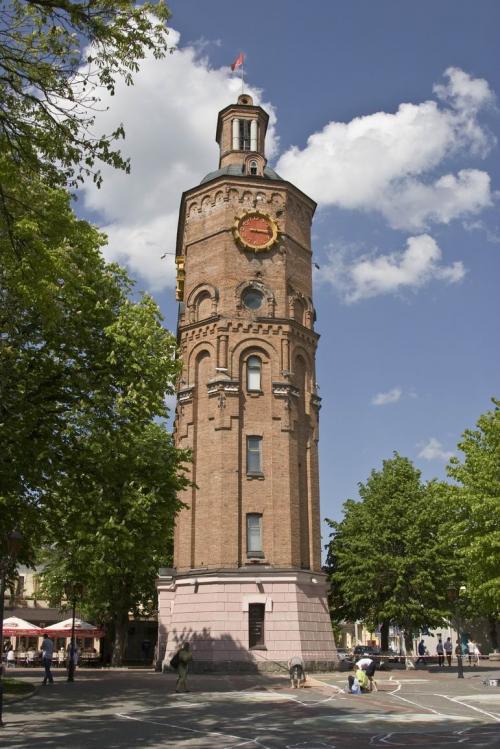 Водонапорная башня в сквере им. Козицкого