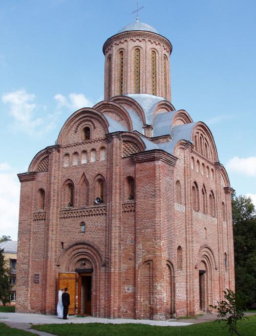 Pyatnytska Church (late XII century – early XIII century)