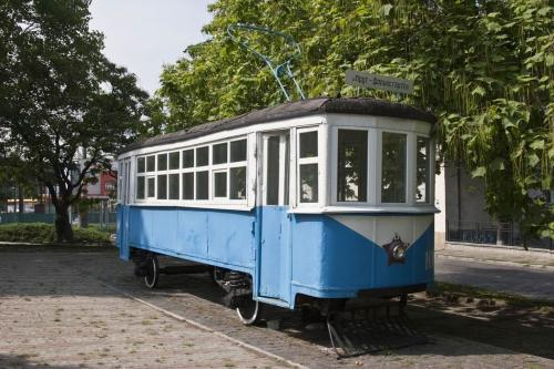 Monument to the first tram of Chernivtsi