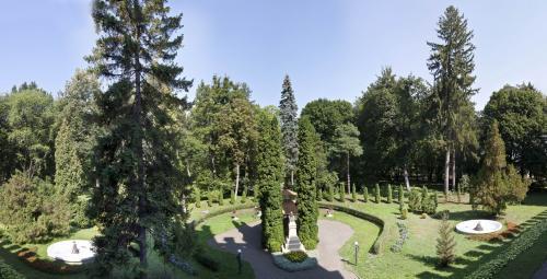 Университетский парк