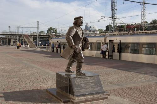 Скульптура отца Федора из
