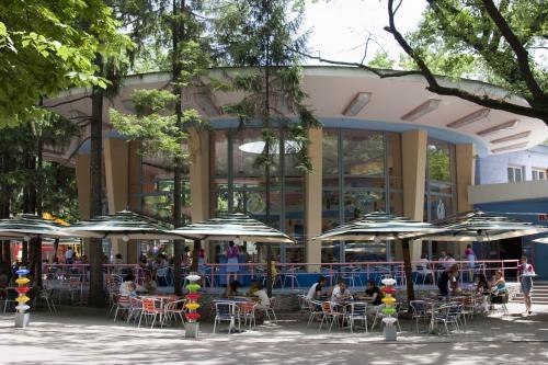 Детское кафе в парке им. Шевченко
