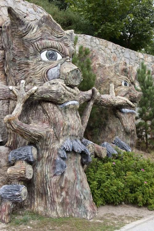 Wizard oaks