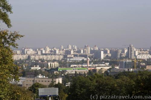 Panorama of Podil and Obolon districts from the Podilsky Descent