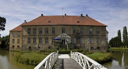 Huennefeld Castle