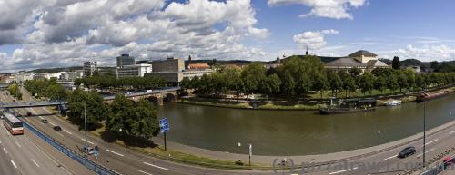 Панорама с Замковой площади