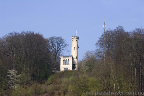 Tillyschanze, an observation tower built from 1881 to 1885 by the citizens to remember the siege of the town by Count Tilly in 1626.