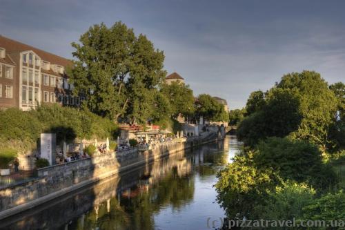Река Лейне в районе старого города
