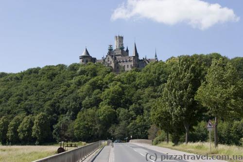 Замок Мариенбург со стороны Нордштеммена