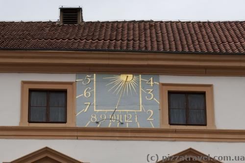 Solar clock in the Celle Castle
