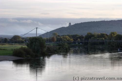 Вид из Миндена на Порта-Вестфалика