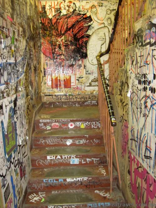 Unexpected interior (Hackesche Hoefe in Berlin)