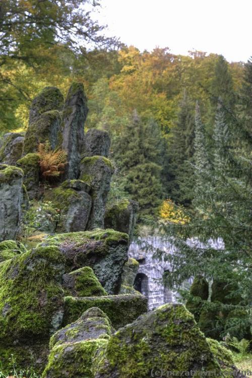 Камни возле Чертового моста