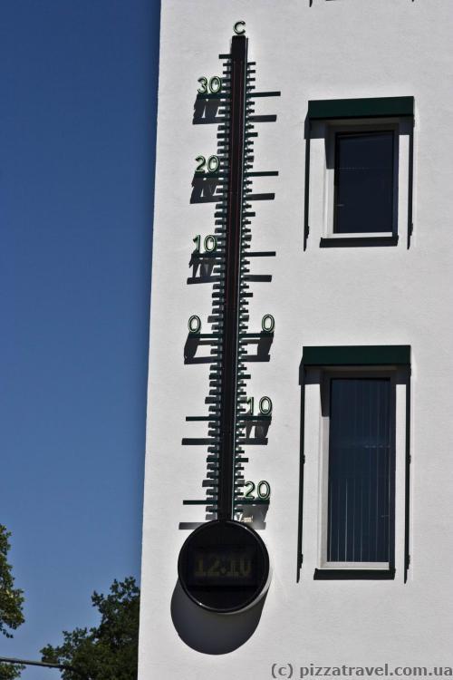 Градусник в Бонне