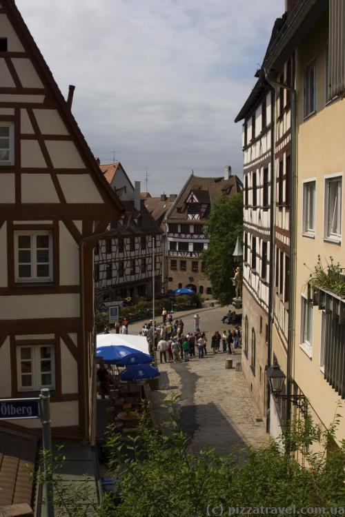Вид на площадь Tiergaertnertor от замка