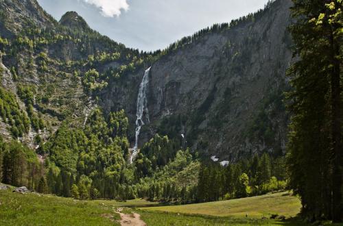 Водопад Ротбах