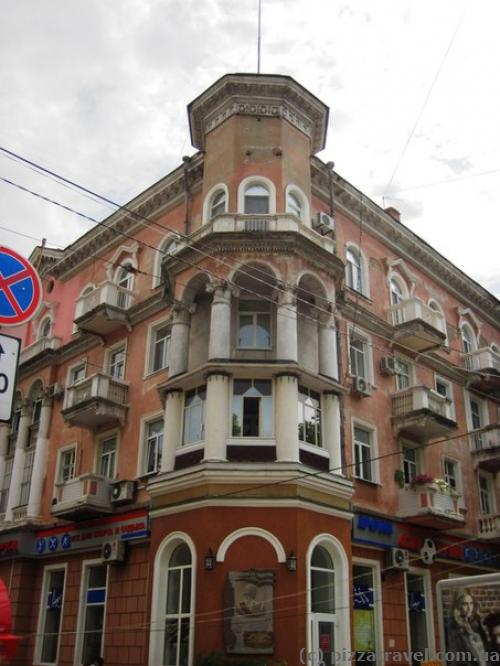 Жилий будинок на вул. Радянській