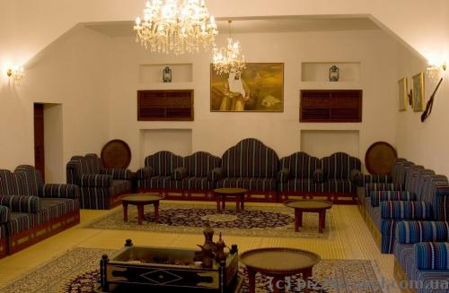 Комната, где подписывались важные контракты