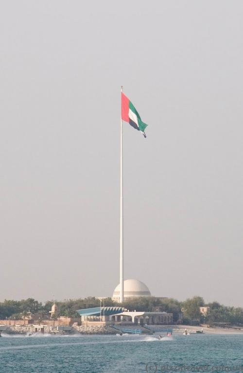 Flagpole in Abu Dhabi, with the height of 122 meters. One of the ten tallest flagpoles in the world.