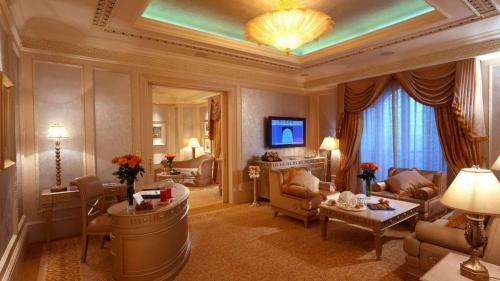Suite Khaleej, the most affordable suite (from $1200)