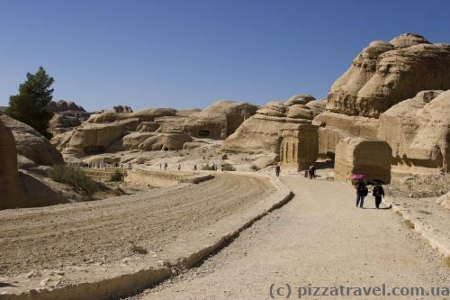 Road to Petra