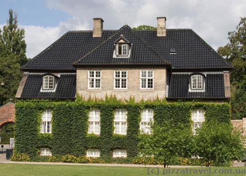 House near the Rosenborg Castle