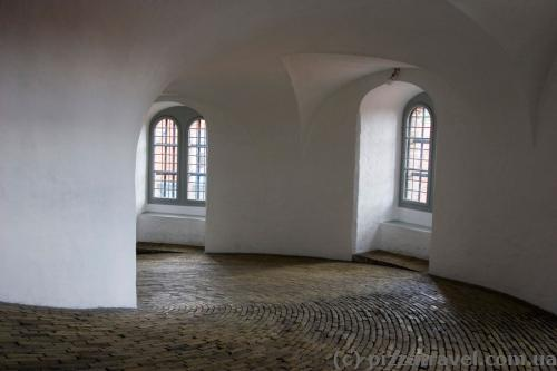 Rise to the round tower