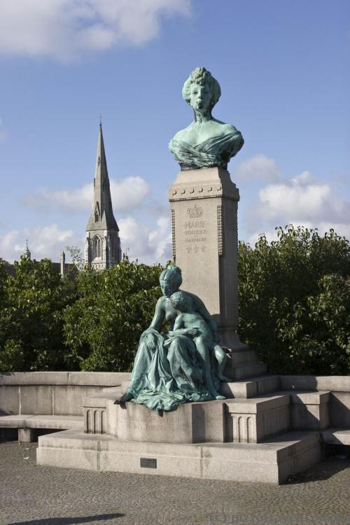 Sculptures on Langelinie