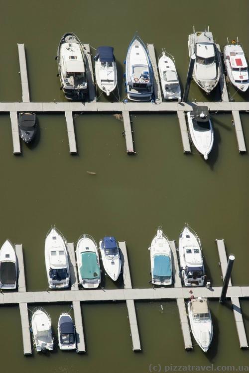 Yachts in the Media Harbor