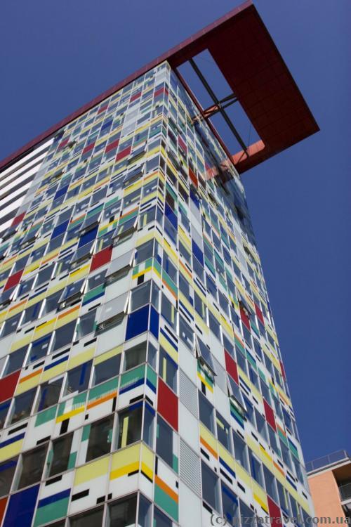 Colorium Tower in the Media Harbor