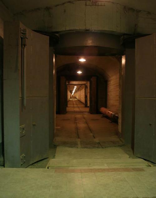 Загальна площа підземних споруд - 15 тис. квадратних метрів