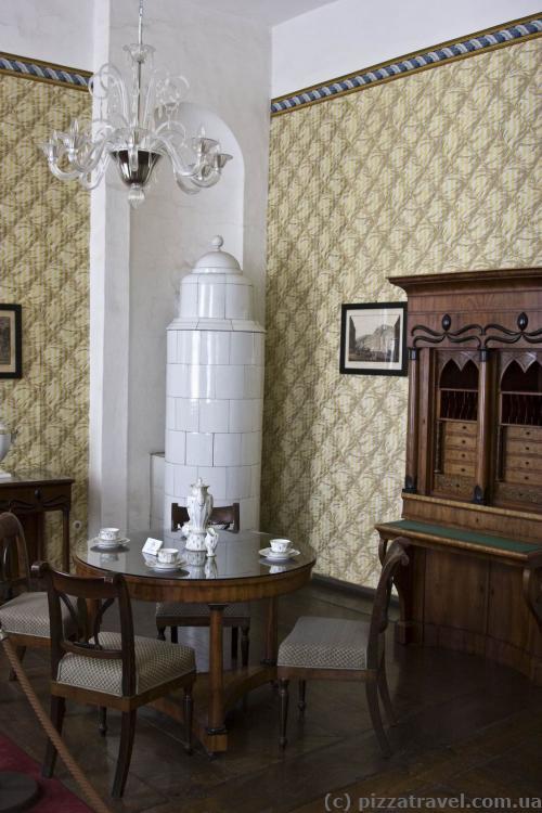 Роскошные комнаты в западном крыле замка